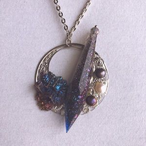 Jewelry - Bismuth/Freshwater Pearl Necklace w/Resin Crystal